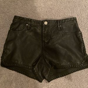 blanknyc blank nyc faux leather black shorts